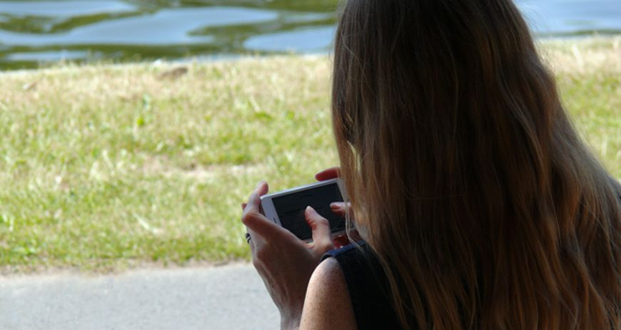 Smartphone; Handy; Digitalisierung; Digitale Demenz