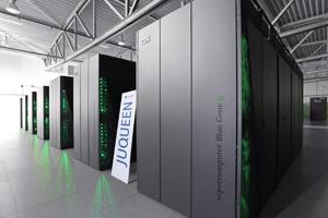 JUQUEEN, 5 Petaflop/s, Der Jülicher Höchstleistungsrechner JUQUEEN ist der erste Supercomputer Europas mit einer Rechenleistung von über 5 Petaflops – das entspricht 5 Billiarden Rechenoperationen pro Sekunde.In JUQUEEN steckt ein BlueGene/Q-System von IBM.