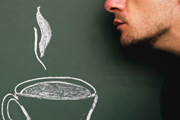 Wachmacher aus der Tasse: Drei von vier Deutschen trinken täglich Kaffee. Sind sie damit alle süchtig? Bild: David-W-/photocase.de